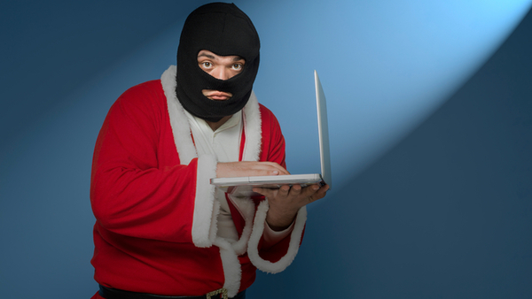 4 ways to avoid giving your data to cyber thieves this holiday season